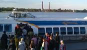 Стартовал водный маршрут С-Петербург - Кронштадт
