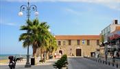 Турпоток на Кипр просел, но затем начал расти