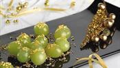 Двенадцать виноградин на удачу - съесть с боем курантов
