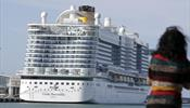 Пассажиров лайнера Costa Smeralda начали выпускать на берег