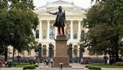 Кто вернёт туристов в С-Петербург?