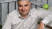 Карен Гончаров пошел в президенты