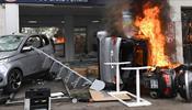 Первомай в Париже испортили экстремисты