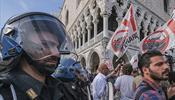 Венеция призывает другие города к борьбе с гигантскими круизными лайнерами
