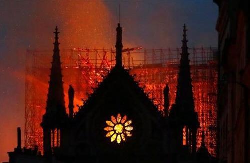 Через сколько лет можно восстановить Собор Парижской Богоматери
