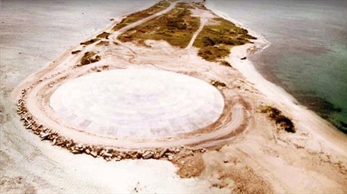 В Тихом океане размывает американский ядерный могильник