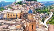 В мае удачное время для рекламного тура – на побережье Одиссея и Сицилию