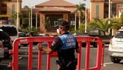 Туристы заблокированы в отеле на Тенерифе